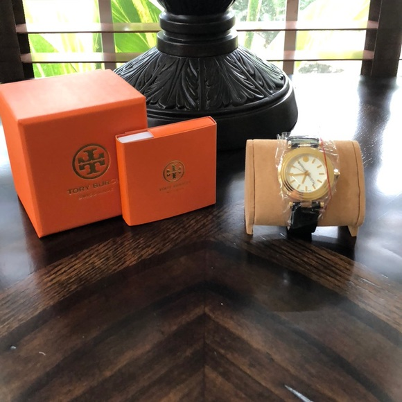 e0c394186ae Tory Burch Classic T Ivory Dial Leather Watch